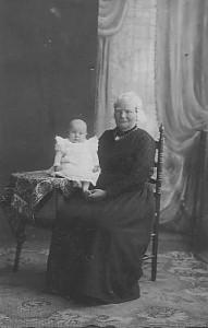 Martje en kleinzoon Jan
