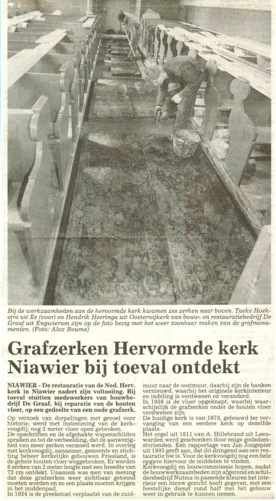 16-Knipsel Grafzerken Hervormde kerk bij toeval ontdekt
