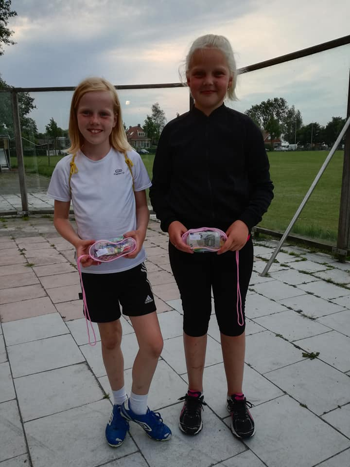 2e prijs  Amarins Kloostra en Tessa Reitsma